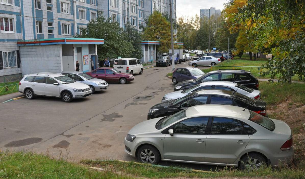 Парковка по дворах